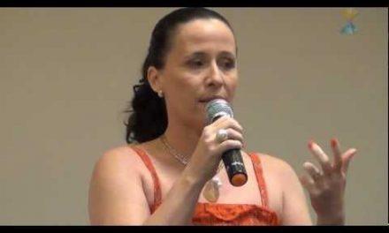 Salva de um Acidente Dentro de Casa – Depoimento da Odontóloga Angela Novaes, na Palestra de 22 de Janeiro de 2012.