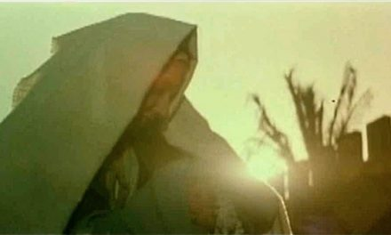 Segundo o Islã, os Vultos Sagrados de Maria, Jesus e Gabriel.